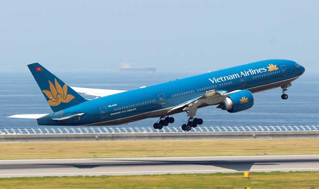 ve may bay ha noi di tuy hoa cua vietnam airlines